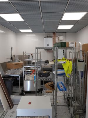commercial electrician work in Costa Aberdeen